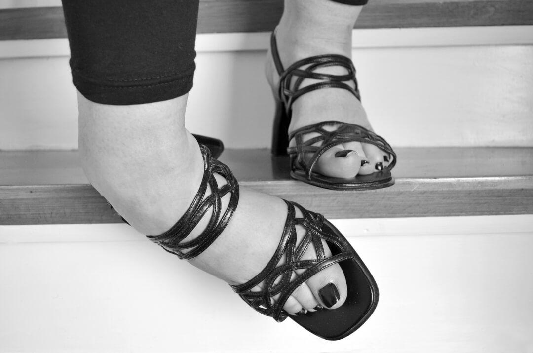 stairs leg injuries